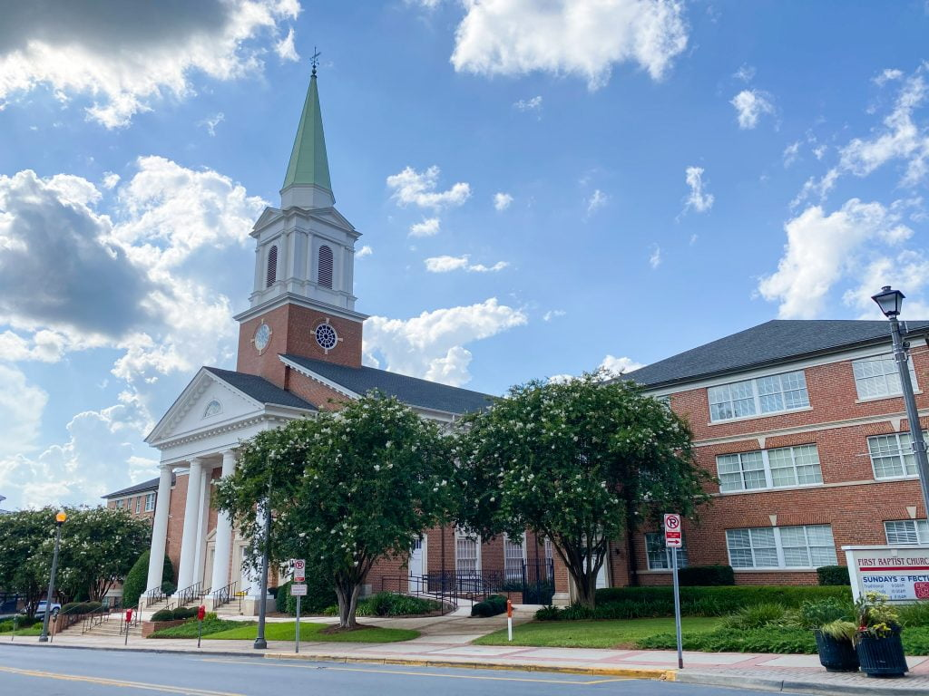 Churches that residents living in Tallahassee attend