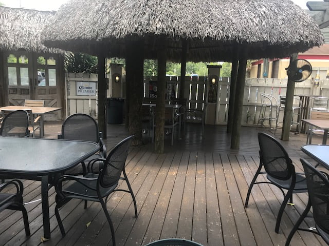 Enjoy outdoor dining at La Fiesta Mexican Restaurant in Tallahassee, FL