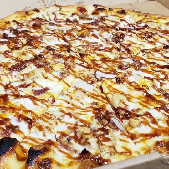 Munchie's BBQ Chicken Pizza